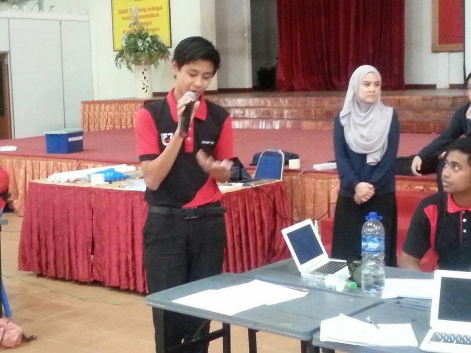 Terima kasih buat wakil SDARA batch SPM 2003 yang telah sudi menyampaikan  ceramah berbentuk motivasi kepada pelajar Tingkatan 4. Program ini telah dilaksanakan pada 28 Feb 2016, bermula daripada jam 9.30 pagi hingga 12.00 tengah hari.