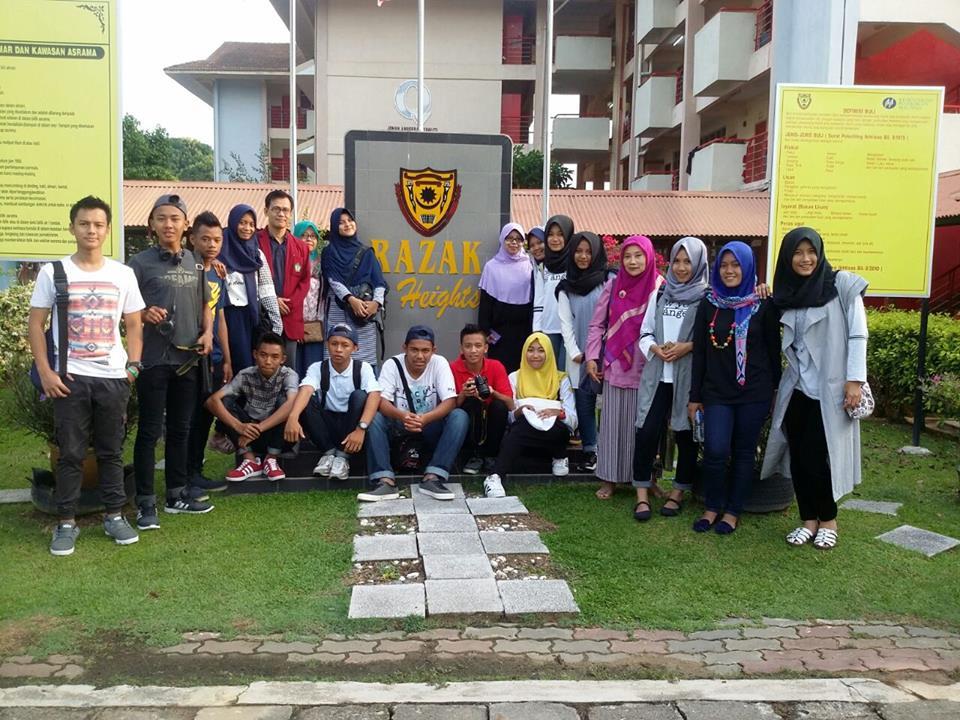 Pada 25hb April yang lepas, SDAR telah menerima kunjungan wakil daripada SMA Negeri 6 Purworejo, Jogjakarta. Ini merupakan kunjungan pertama apabila SMA Negeri 6 mengusulkan untuk mengadakan lawatan 'benchmarking'  ke Sekolah Dato' Abdul Razak pada 25 hingga 28 April 2016 ini.