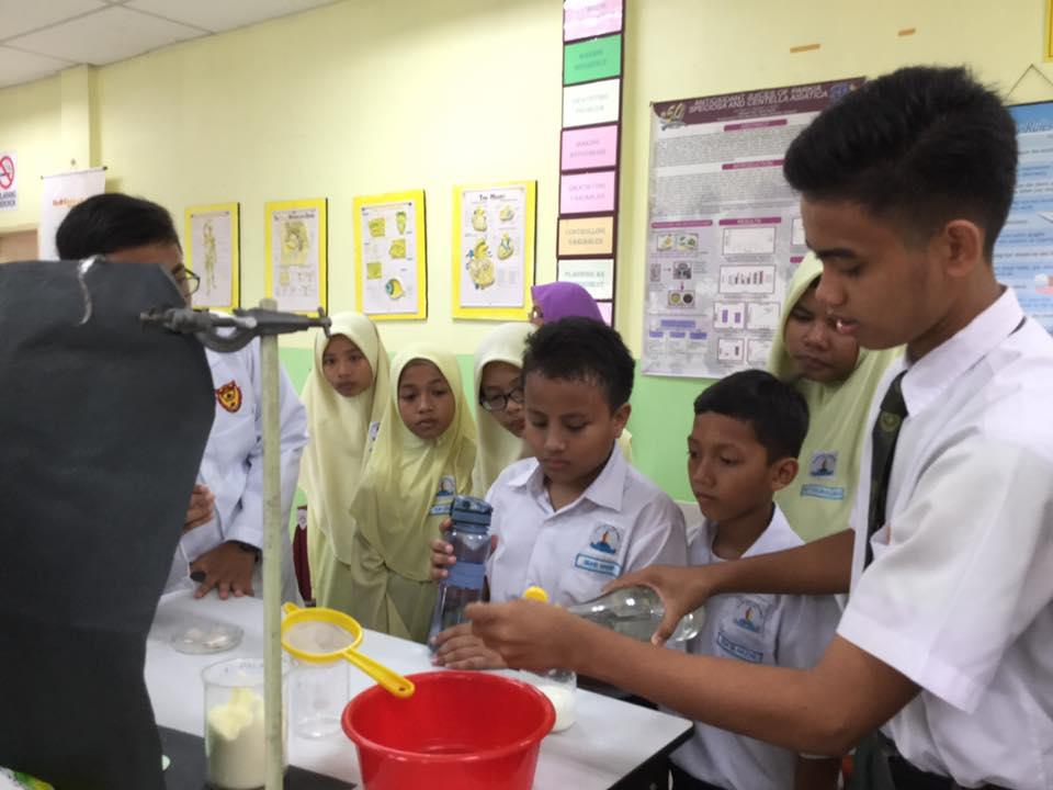 Minggu Sains Dan Matematik pada tahun ini telah berlangsung pada 24 Mei hingga 27 Mei 2016. Pelancaran telah dilaksanakan pada 24 Mei , dan dilancarkan oleh Tn Hj Ahmad Shafrin B Abdul Aziz, Penolong Kanan SDAR.