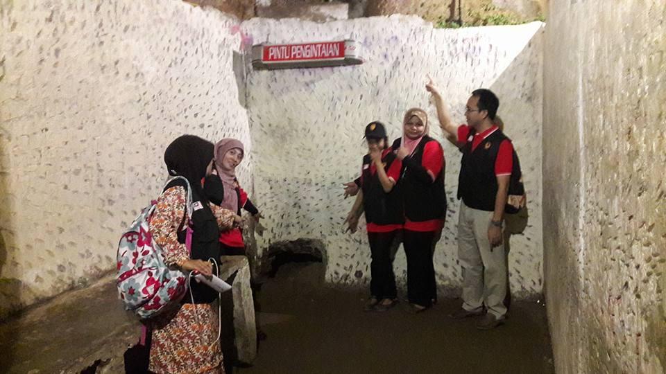 Panitia Sejarah telah mengadakan lawatan benchmarking ke SMA Negeri 1, dalam  Program Kembara Ilmu SDAR – Indonesia 2016. Program ini berlangsung selama 5 hari iaitu bermula dari 31hb Mei – 4 Jun 2016.