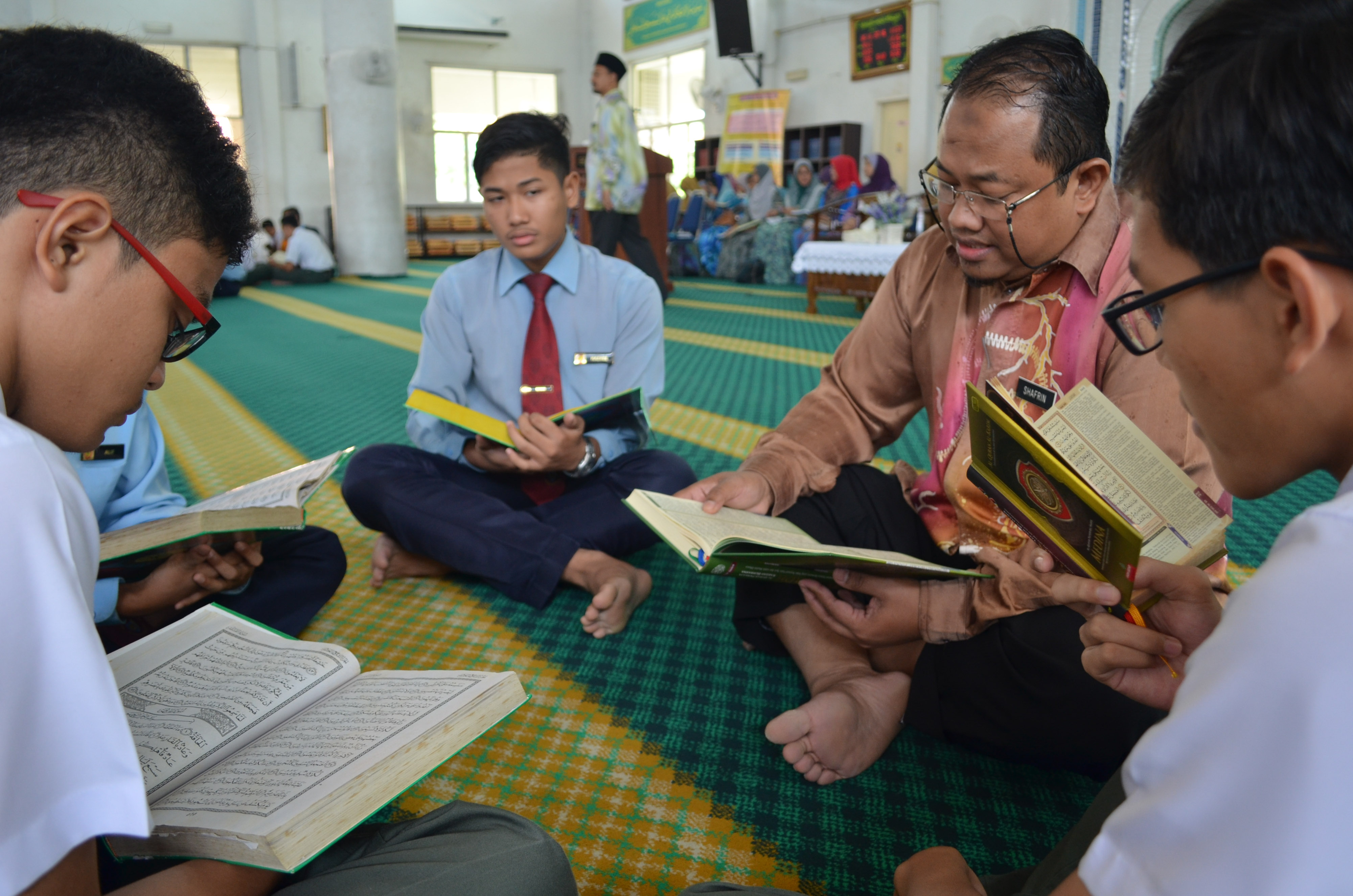 Pada 16 Jun 2016 yang lepas, Y.M.Raja Datin Seri  Hajah  Salbiah  Binti  Tengku  Nujumudin telah berkunjung ke SDAR untuk lawatan Rasmi sempena Program Tadarus & Khatam Al – Quran Perdana 2016 . Majlis ini diadakan di Masjid Al Quds SDAR.