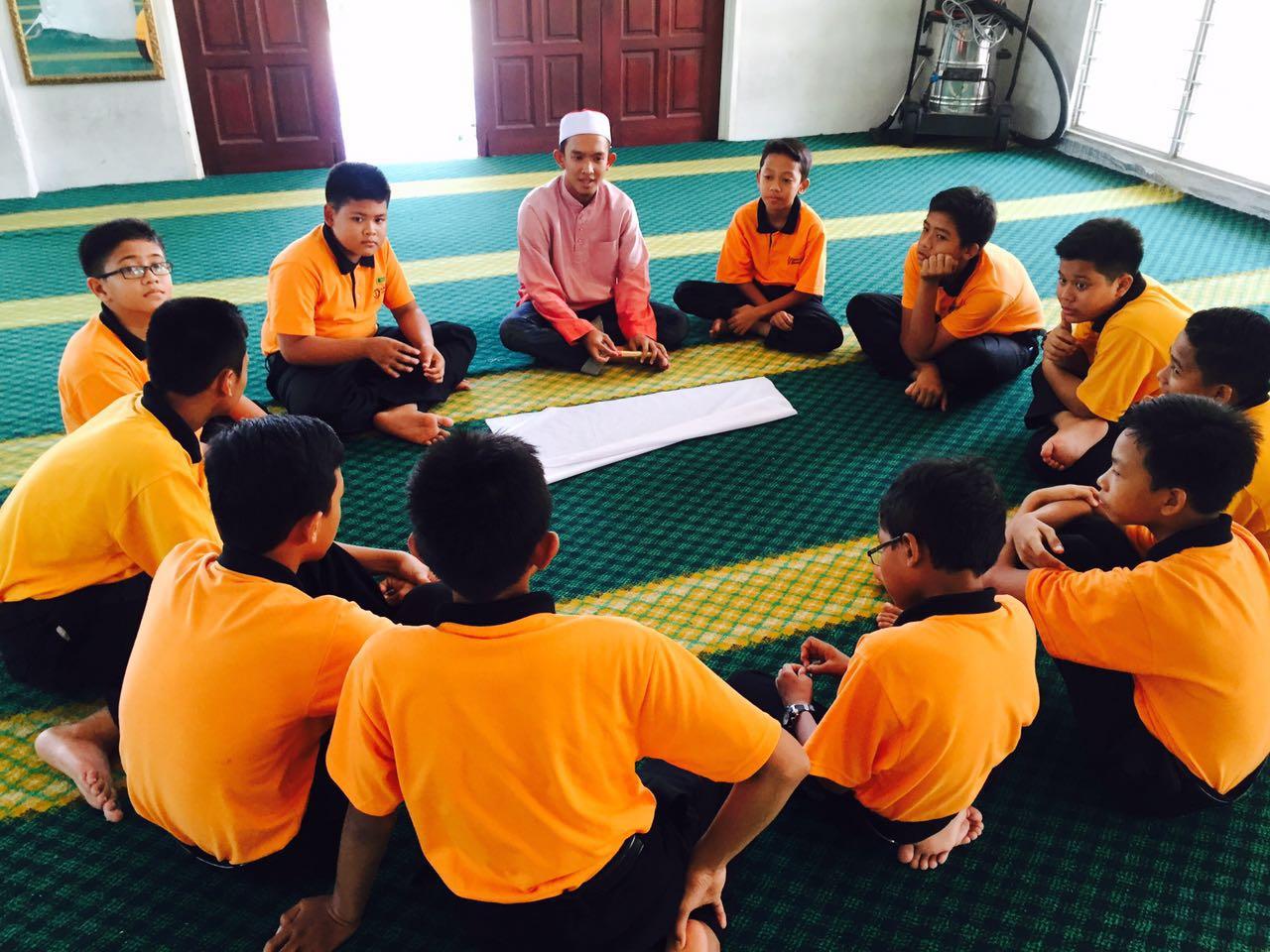 Program Tunas Muda melibatkan semua pelajar tingkatan 1 telah diadakan pada 16 dan 17 April yang lepas. Program ini merupakan anjuran panitia Pendidikan Islam dan bersama organisasi Badar SDAR.