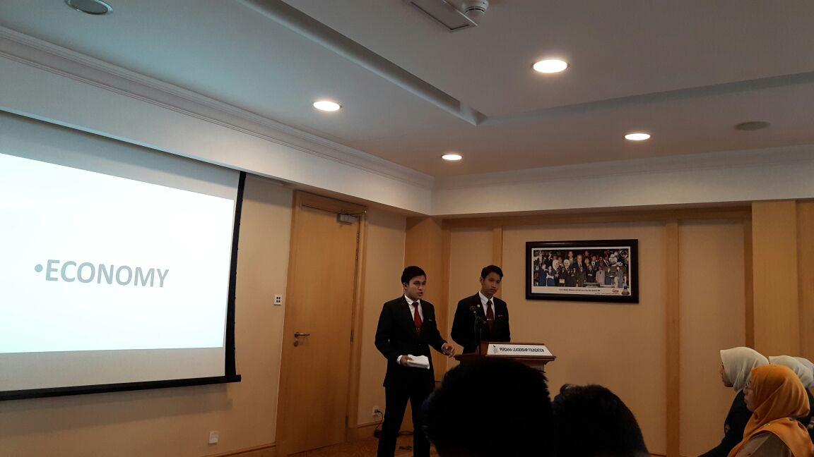 Program literasi maklumat telah diadakan di Yayasan Kepimpinan Perdana pada 16 April yang lepas. Beberapa orang pelajar tingkatan 5 telah mewakili sekolah dalam program tersebut, di mana mereka perlu membuat pembentangan bagi tajuk yang telah dipilih oleh mereka.