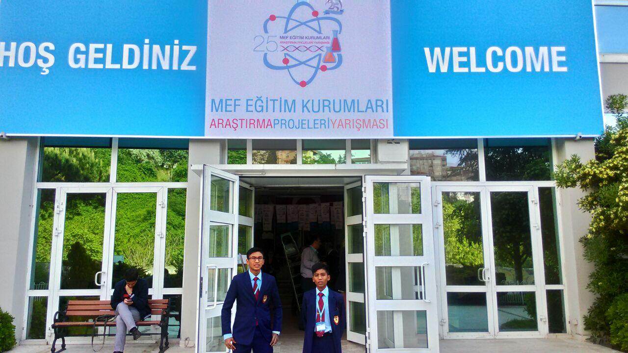Pada 9 Mei 2016 lepas, pasukan Inovasi SDAR telah menyertai 25th MEF International Research Projects Contest di MEF International School, Besiktas, Istanbul, Turkey. Pertandingan ini berlangsung dari 9 Mei hingga 13 Mei 2016.