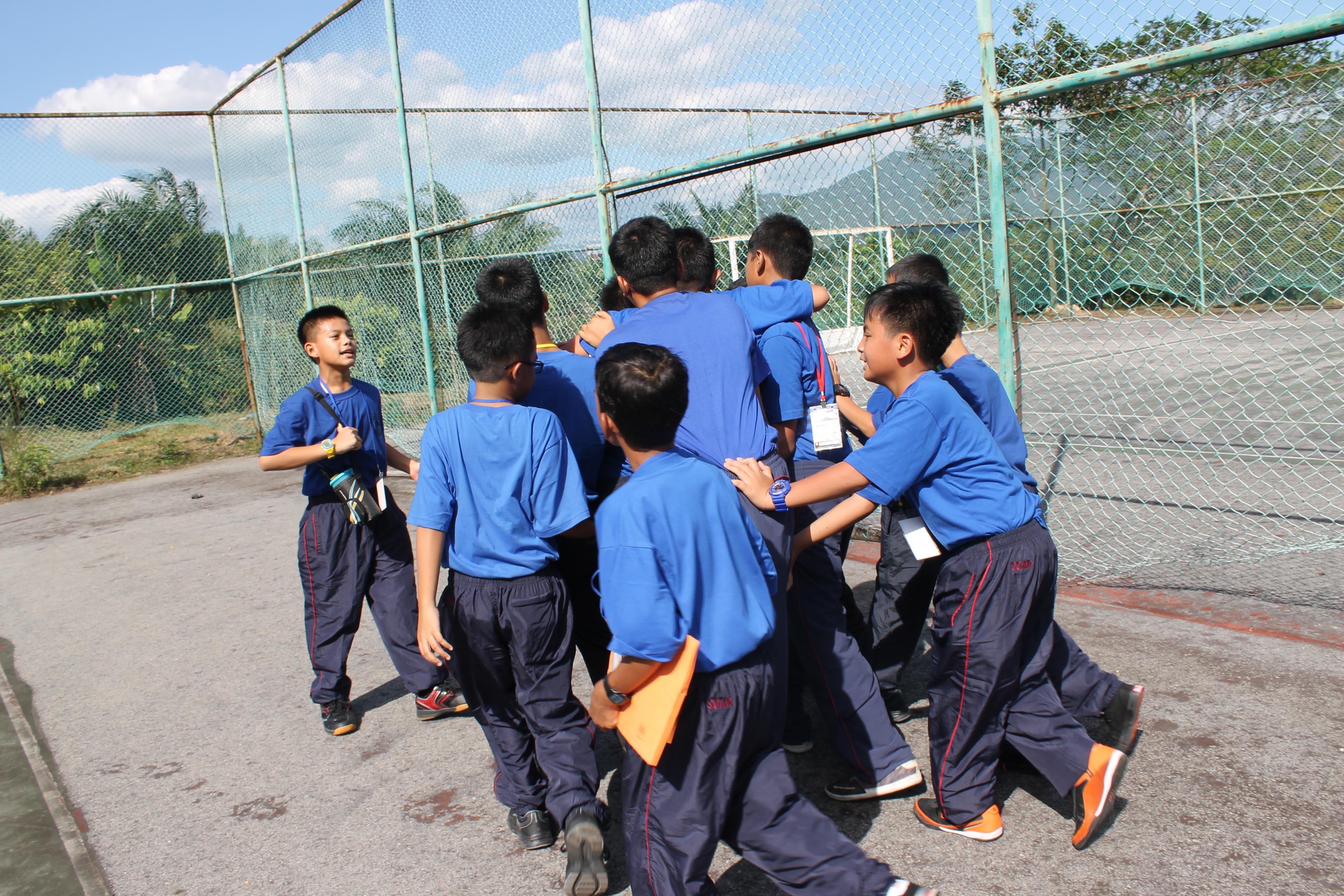 Sepanjang 13hb – 24hb Januari 2015, pelajar tingkatan 1 menjalani minggu orientasi untuk membiasakan diri dengan keadaan di asrama dan mematangkan fikiran pelajar. Program ini dilaksanakan dengan bantuan pelajar tingkatan 5 selaku abang-abang.