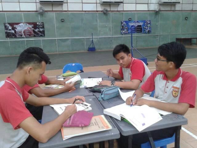 Program Akademik :1. Kelas Biologi Kumpulan A2. Kelas Add Math Kumpulan B