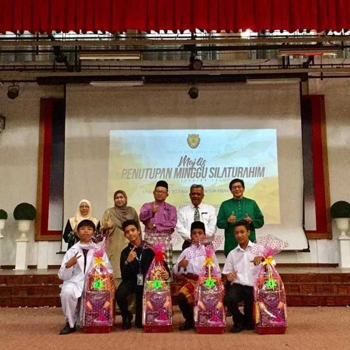 Pada 1 Februari yang lepas, Majlis Penutupan Minggu Silaturahim Tingkatan 1 2019 telah diadakan di Dewan Tun Abdul Razak. Ramai ibubapa yang hadir bagi meraikan pelajar-pelajar Tingkatan 1. Syabas dan tahniah kepada semua pelajar Tingkatan 1 2019.