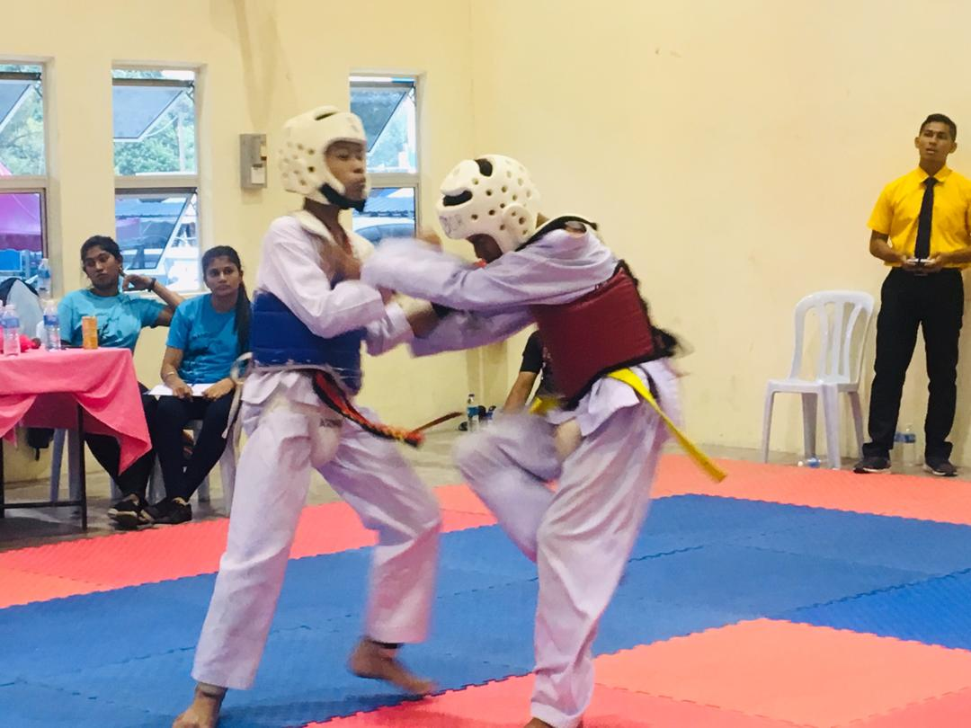 Pertandingan 1st Circuit (WT/TM) Championship Negeri Sembilan Darul Khusus.<br />Tempat: Dewan Komuniti Batang Benar<br />Tarikh: 24 Feb 2019 (Ahad)Gangsa & Perak<br />Danial Arif Bin AzhariGangsa<br />Kategori heavy<br />Muhammad Aniq syameer bin syaharudin