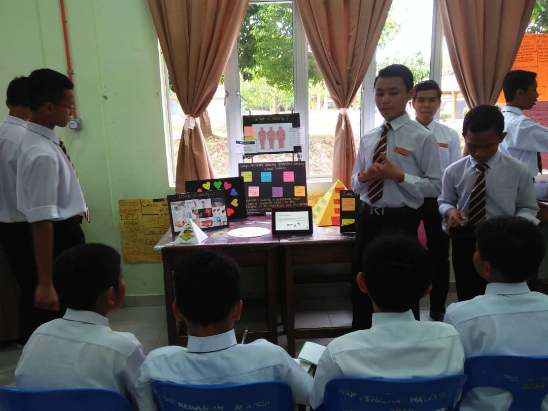 Tahniah kepada Panitia Sains yang berjaya menjalankan Project Based Learning(PBL) Tingkatan 2. Sekolah-sekolah turut sama hadir menyertai program ini.